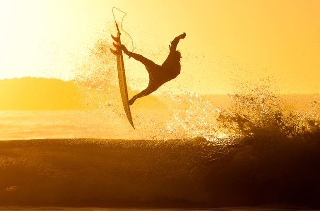 post-10-surfer
